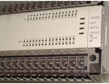 PLC history and origin, PLC Mitsubishi input/output terminals